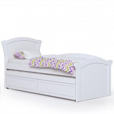 מיטה בעיצוב קלסי